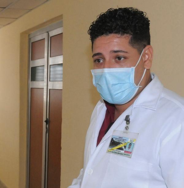 doctor Reyes Domínguez