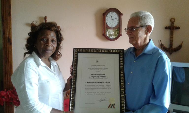 Dra. Anselma Betancourt y el Dr. Raúl Rizo de Santiago de Cuba.