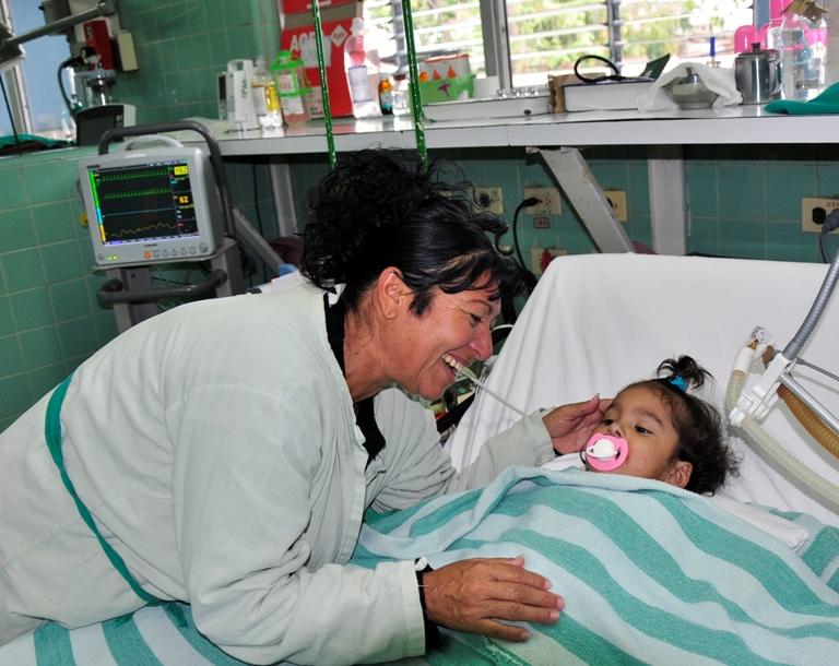Servicio de terapia intensiva Hospital Pediátrico Provincial de Guantánamo.