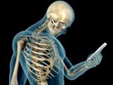 El cráneo humano está cambiando por el uso de los móviles