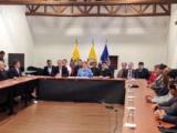 Gobierno de Colombia y ELN reanudan diálogo en Quito