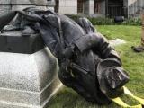 Manifestantes hartos del racismo destruyeron histórica estatua en Estados Unidos