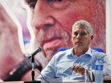 Llama presidente cubano a elevar la calidad de los servicios de transportación en el país