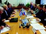 Ricardo Cabrisas desarrolla amplia agenda en Rusia