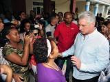 Contunúa Díaz-Canel recorrido por instalaciones de la capital cubana