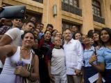 Comparten jóvenes cubanos con líder puertorriqueño Oscar López