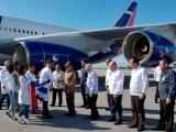 Raúl Castro recibe a médicos que colaboraron en Brasil